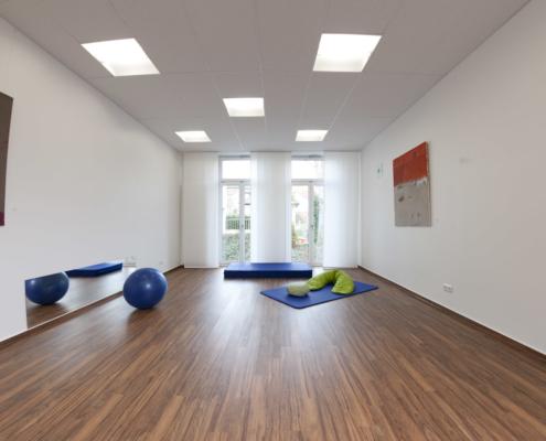 Yoga, Entspannung & Achtsamkeit im Familienzentrum Esslingen